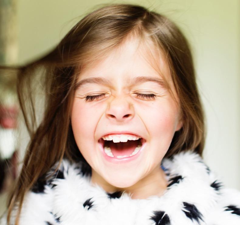 Schreiendes Kind als Symbol für Gefühlsregulierung